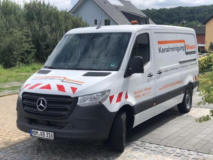 Kanalreinigung (Abfluss- und Rohrreinigung), Kanalsanierung und TV-Rohruntersuchung in Blieskastel, Saarpfalz-Kreis und Landkreis Neunkirchen (Saarland).